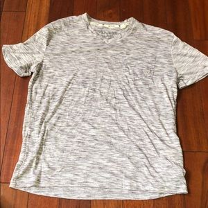 Men's Guess V Neck T Shirt Size S
